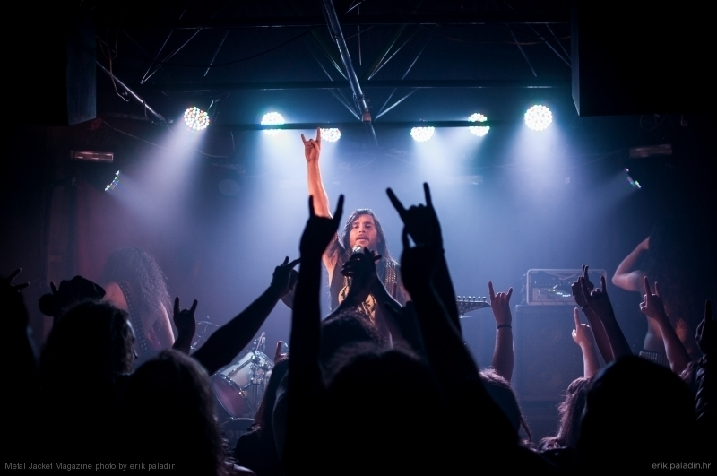 2015-03-01 Suicidal Angels